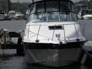 Used Seaswirl 250 Aft Express Cruiser Boat For Sale