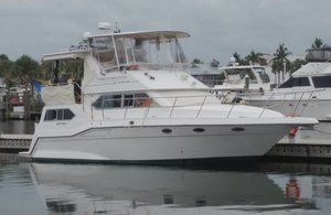 Used Cruisers Yachts 3950 Motor Yacht For Sale