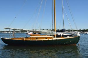Used Gannon & Benjamin 28' Daysailer Sailboat For Sale