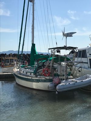 Used Ta Shing Panda 38 Cruiser Sailboat For Sale