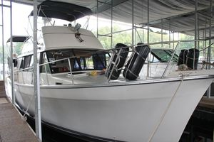 Used Mainship 40 Double Cabin Motor Yacht For Sale
