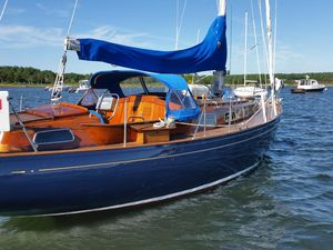 Used Vindo 35' W/ 2011 Yanmar Daysailer Sailboat For Sale