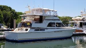 Used Chris-Craft Corinthian 480 Motor Yacht For Sale