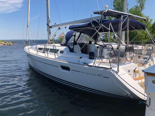 Used Jeanneau 42I Cruiser Sailboat For Sale