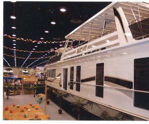 Used Fantasy 100 X 20 Wide Body Houseboat House Boat For Sale