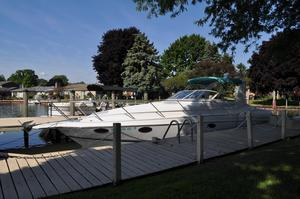 Used Chris-Craft 34 Crowne34 Crowne Cruiser Boat For Sale
