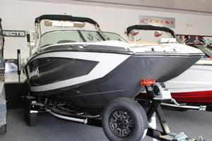 New Mastercraft X26 High Performance Boat For Sale