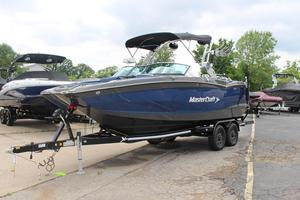 New Mastercraft Xstar High Performance Boat For Sale