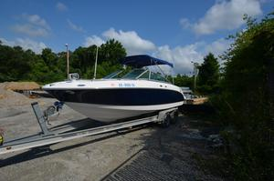Used Chaparral 236ssi Express Cruiser Boat For Sale