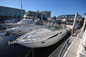 Used Bayliner 320 Express Cruiser Boat For Sale