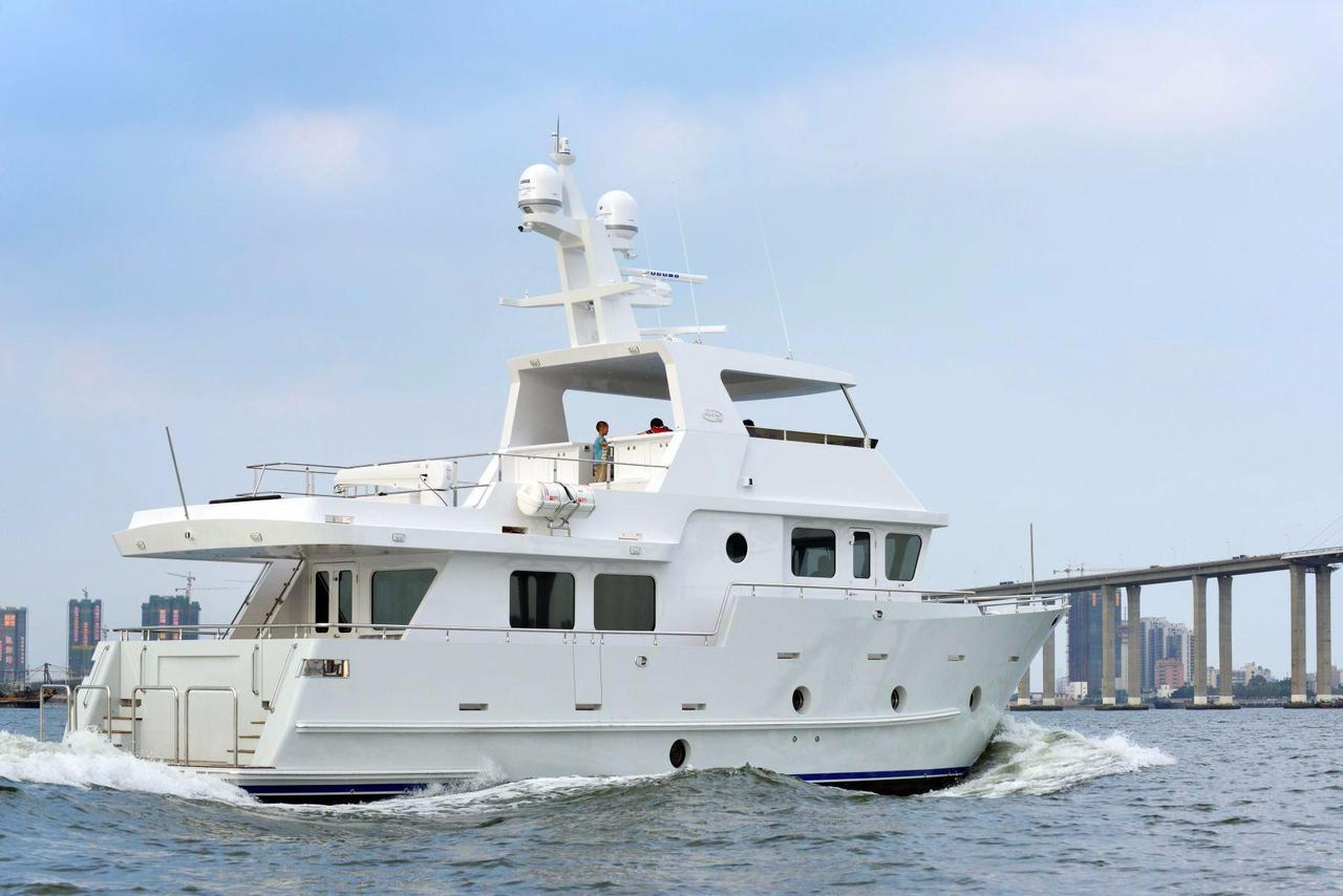 2015 New Bering 65 Motor Yacht For Sale - $2,200,000 - KR