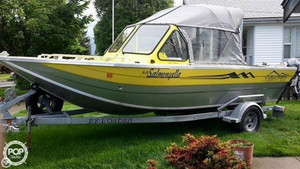 Used Columbia 1914 Venture Aluminum Fishing Boat For Sale