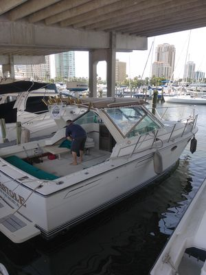 Used S2 Tiara Open Express Cruiser Boat For Sale