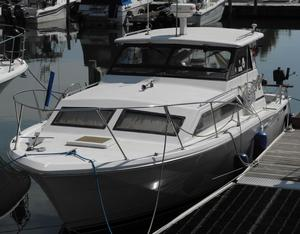 Used Trojan F-26 Cruiser Boat For Sale