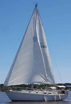 Used Hinterhoeller Niagara 35 Cruiser Sailboat For Sale