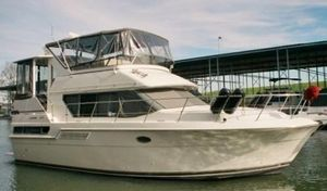 Used Carver 370 Aft Cabin MY Motor Yacht For Sale