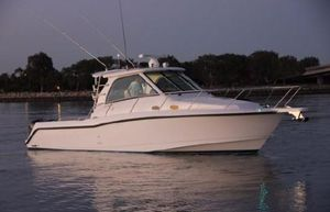 Used Boston Whaler 345 Conquest - Only 280 Hours Motor Yacht For Sale