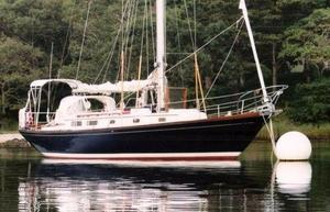Used Allied 42 XL Cruiser Sailboat For Sale