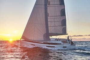 New Jeanneau 440 Cruiser Sailboat For Sale