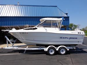 Used Campion 682 Explorer Express Cruiser Boat For Sale