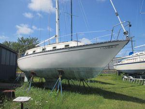 Used Hunter 33 Cherubini Other Sailboat For Sale