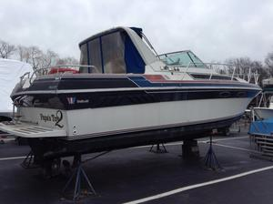 Used Wellcraft 32. ST Tropez Express Cruiser Boat For Sale