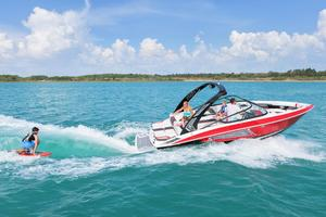 New Regal 23 RX Surf High Performance Boat For Sale
