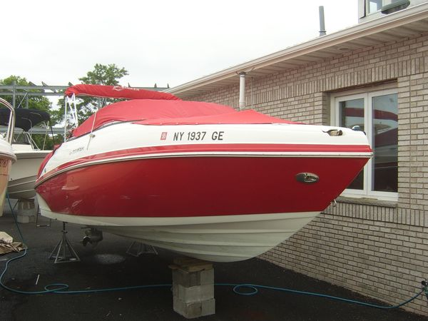 Used Rinker 246 Captiva Commercial Boat For Sale