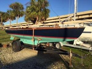Used Sakonnet 23 Daysailer Sailboat For Sale