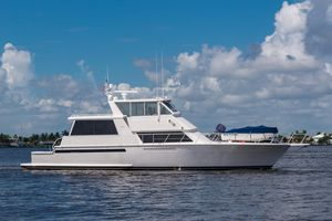 Used Viking Cockpit Sport Yacht Motor Yacht For Sale