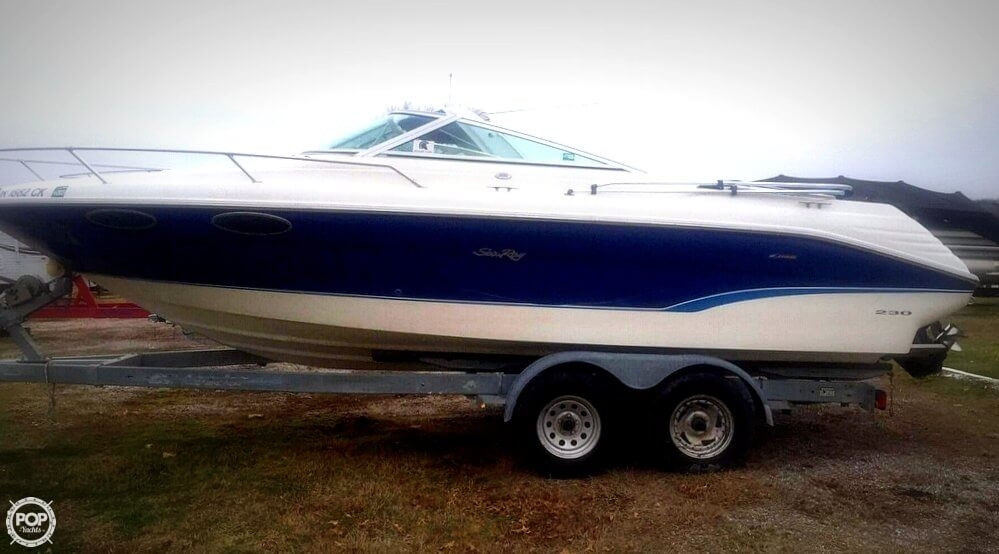 Used Sea Ray 230 Overnighter Signature Select Cruiser Boat For Sale