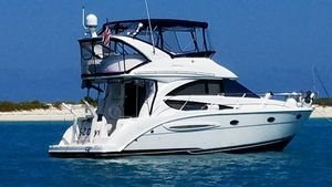 Used Meridian 341 Sedan Motor Yacht For Sale