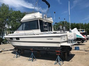 Used Thompson 2900 Adventurer Express Cruiser Boat For Sale