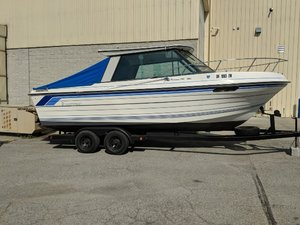 Used Thompson 240 Express Cruiser Boat For Sale