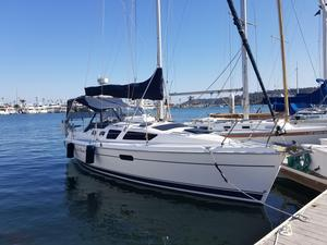 Used Hunter 326 Cruiser Sailboat For Sale