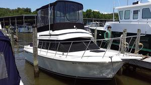 Used Carver 28 Mariner Cruiser Boat For Sale