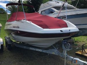 Used Bombardier 22 Islandia High Performance Boat For Sale