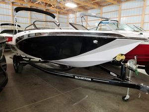 New Glastron 205gtdwi Bowrider Boat For Sale