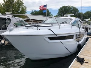 New Cruisers Yachts 42cantius Express Cruiser Boat For Sale
