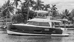 Used Azimut Magellano Mega Yacht For Sale