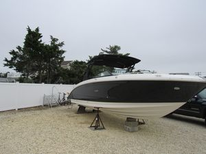 New Sea Ray SDX 290 Bowrider Boat For Sale