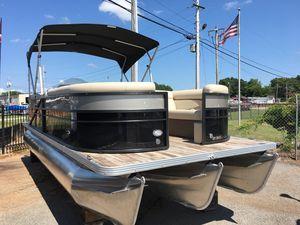 New Crest II 230 Pontoon Boat For Sale