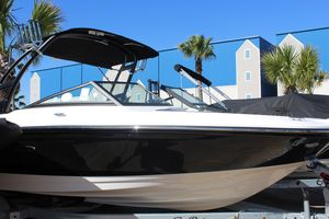 New Sea Ray SPX 210 OB Other Boat For Sale