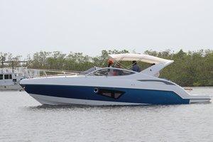 Used Schaefer 303 Sports Cruiser Boat For Sale