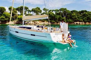 Used Dufour 460 Grandlarge Cruiser Sailboat For Sale