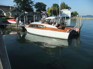 Used Chris-Craft 27 Sedan Express Cruiser Antique and Classic Boat For Sale