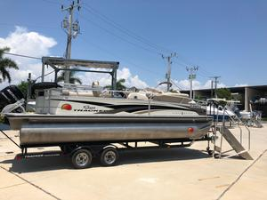 Used Tracker 22 Party Barge Pontoon Boat For Sale