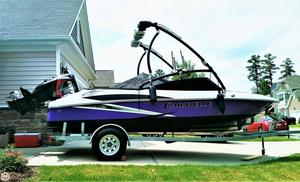 Used Caravelle 19 EBo Ski and Wakeboard Boat For Sale