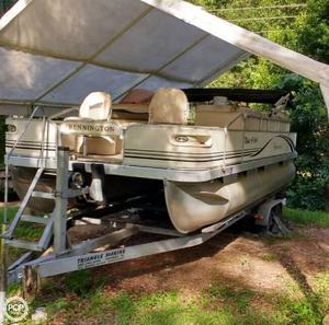 Used Bennington 2275 FSI Pontoon Boat For Sale