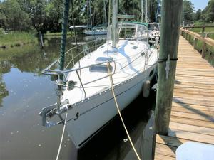 Used Beneteau 321 Cruiser Sailboat For Sale